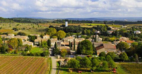 Vue aérienne de la commune de Garrigues