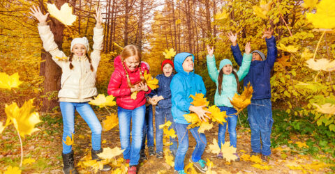 Groupe d'enfants dans les accueils de loisirs du Pays de Lunel
